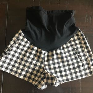 Black & white gingham maternity shorts